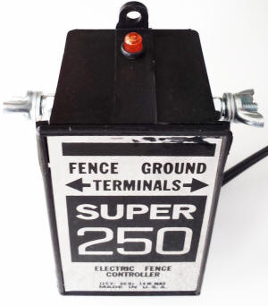 Fence Charger Silver Streak Super 250